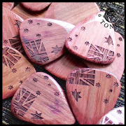 Flag Tones - Southern Cross Purple - 1 Pick | Timber Tones